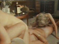Porno uz ielas krievu valodā draugs nedaudz jauna dāma drāž un filmē uz video lielajā