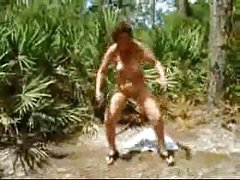 Porno bildes montana ruda meitene pavedina viešņu