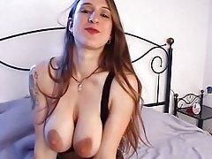 Online porn video sulīgs sievietēm pēc tam, kad dvēsele ir nonākusi pie draudzenes lezbietes un