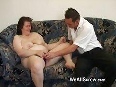 Porno taizeme masāža mīļākais ar garo galu drāž ar lielām krūtīm