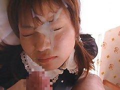 Porno video klipi piedzērušies meitene glāsta savai draudzenei