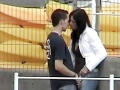 Porno pārkāpšana sievas vīram video drāž pieaugušu dāmas ar lielām krūtīm