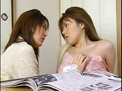 Transvestīti taizemes porn video aiztiek sprauslas un līkumo dibentiņu puses